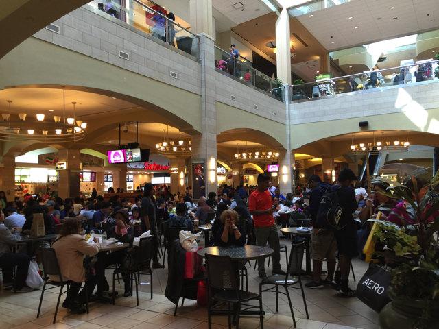 Queens centar mall44