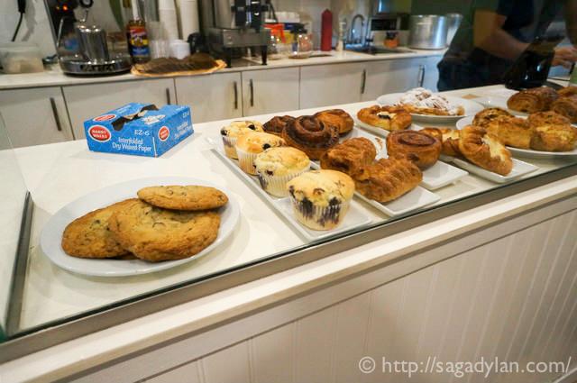 White cake bakery4